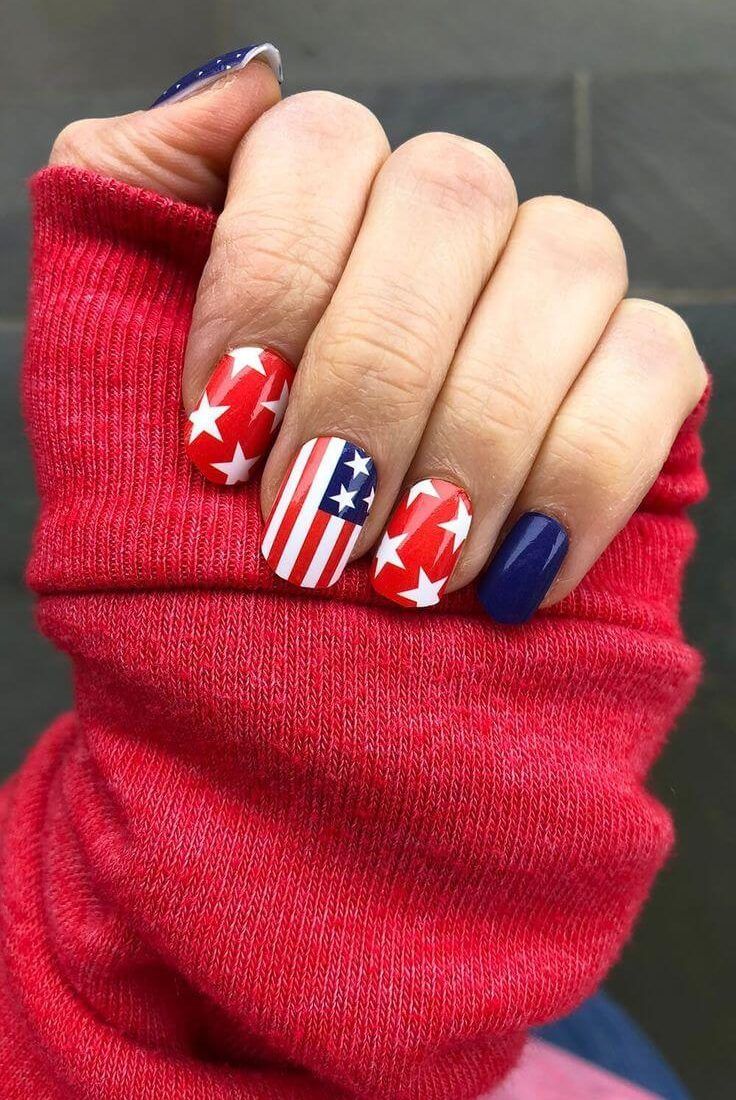 19 Best 4th of July Nails 2021