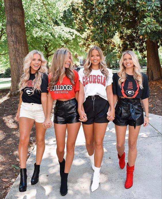 27 Trendy College Game Day Outfits All Girls Need to Copy
